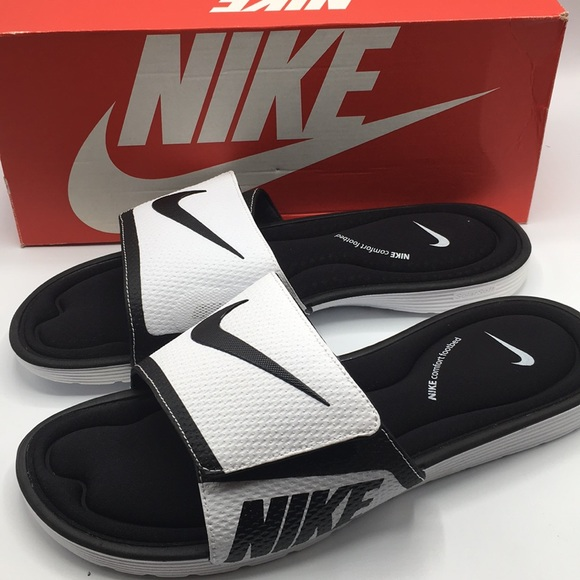 nike flip flops size 14